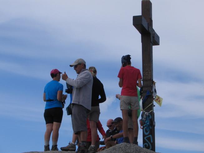 La croix au sommet de l'Incudine